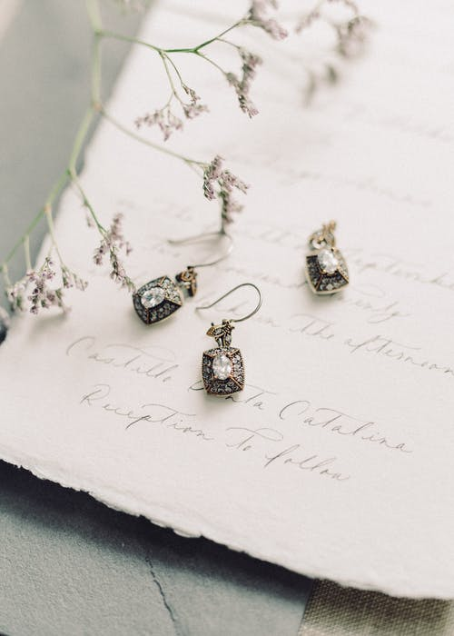 Tips to Choose the Right Jewellery for Your Wedding Day